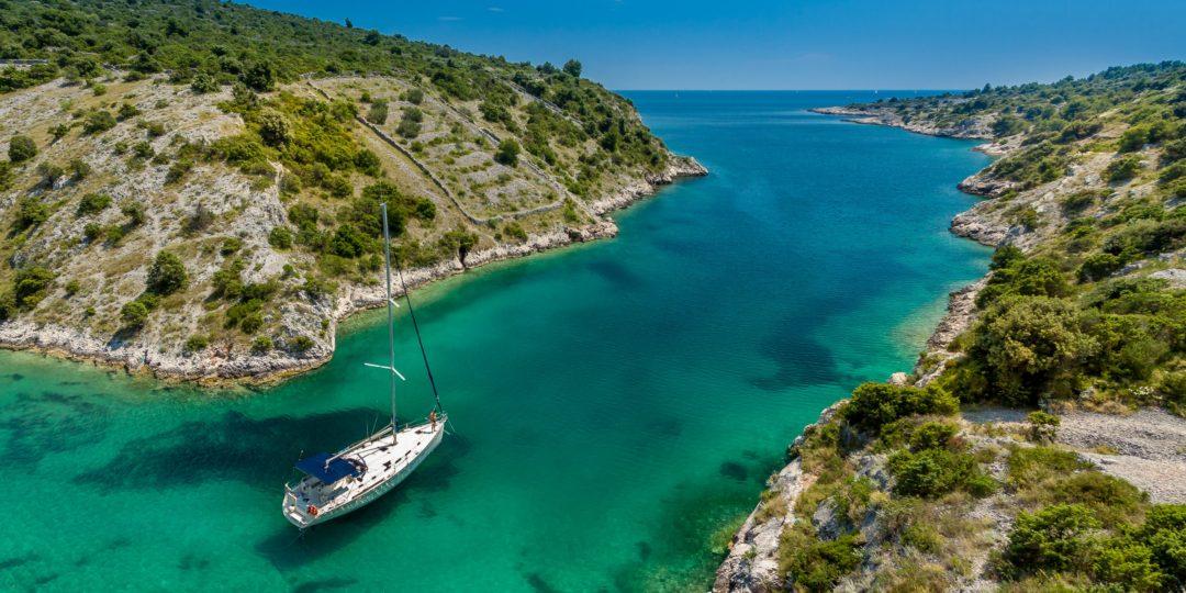 Flottielje zeilen in Kroatië